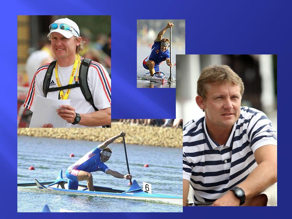  V letech 2010 až 2012 byl šéftrenérem české reprezentace, kterou vedl na světový šampionát v Poznani v srpnu 2010 i na olympijské hry v Londýně 2012.