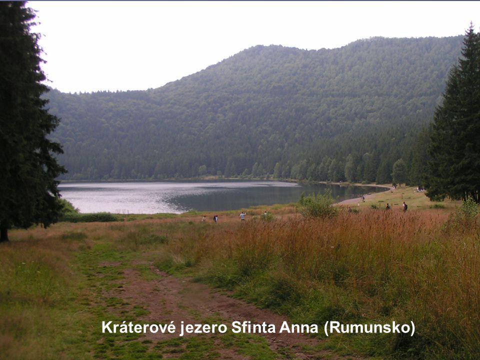 Kráterové jezero Sfinta Anna (Rumunsko)