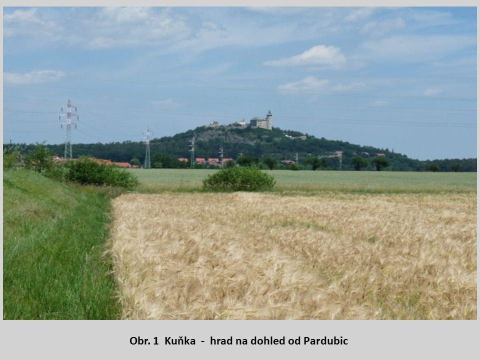 Obr. 1 Kuňka - hrad na dohled od Pardubic