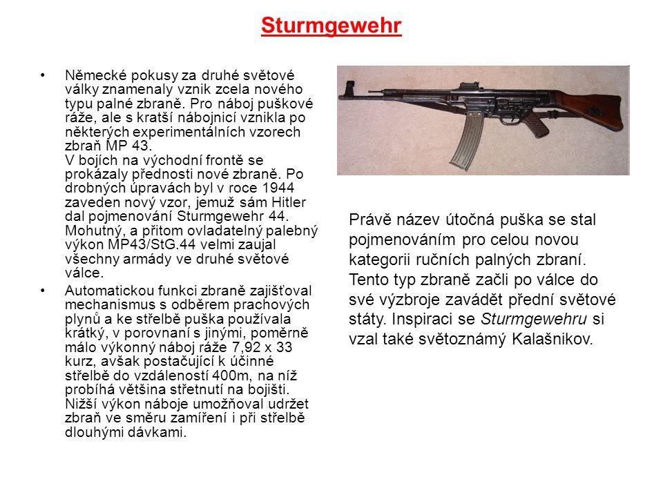 Sturmgewehr Německé pokusy za druhé světové války znamenaly vznik zcela nového typu palné zbraně. Pro náboj puškové ráže, ale s kratší nábojnicí vznik