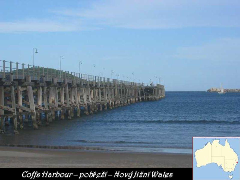 Harbour Bridge je most, který přemosťuje přístav aport Jackson v Sydney.