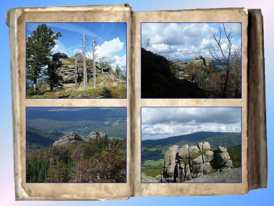 Frýdlantské cimbuří 900 m Frýdlantské cimbuří je skalní útvar názvem připominající podobnost skal s rozeklaným cimbuřím frýdlantského zámku.