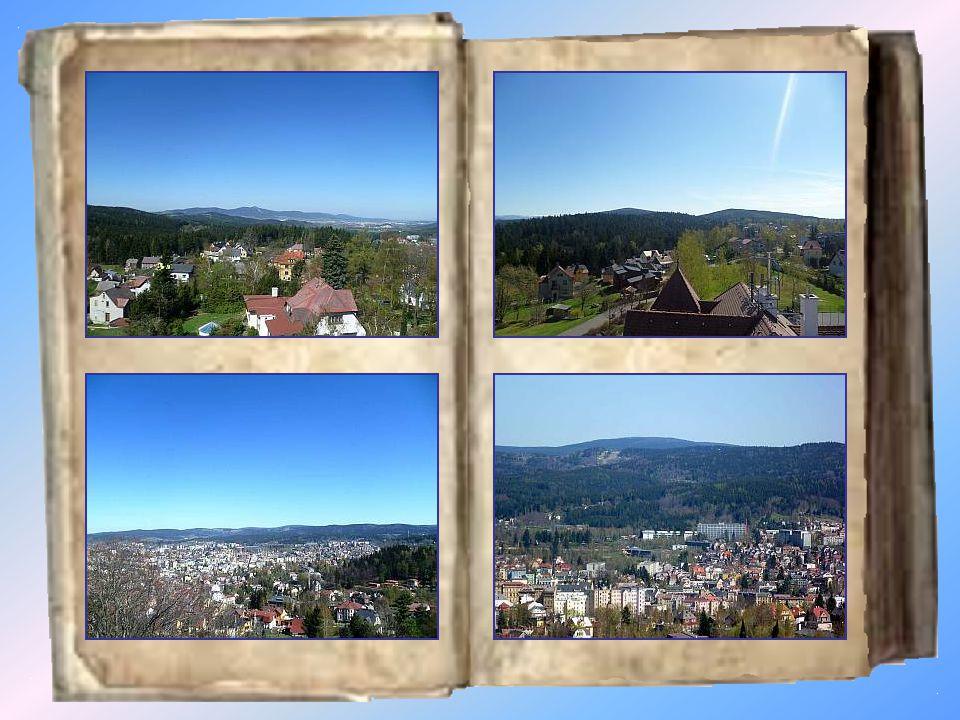 Jablonecký Petřín Místo, které nabízí nádherný výhled si občané Jablonce velmi oblíbili, pro své nedělní vycházky.