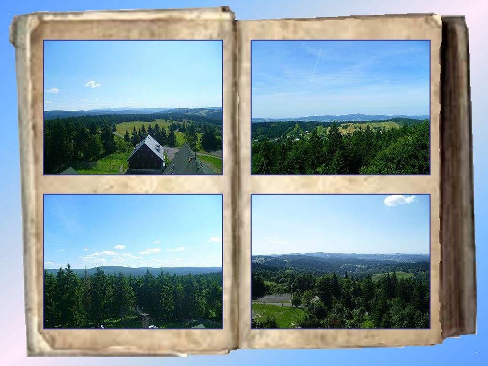 Královka Královka je kamenná rozhledna v Jizerských horách na kopci Nekras (859 m) v katastrálním území Janov nad Nisou, necelý kilometr od Bedřichova.