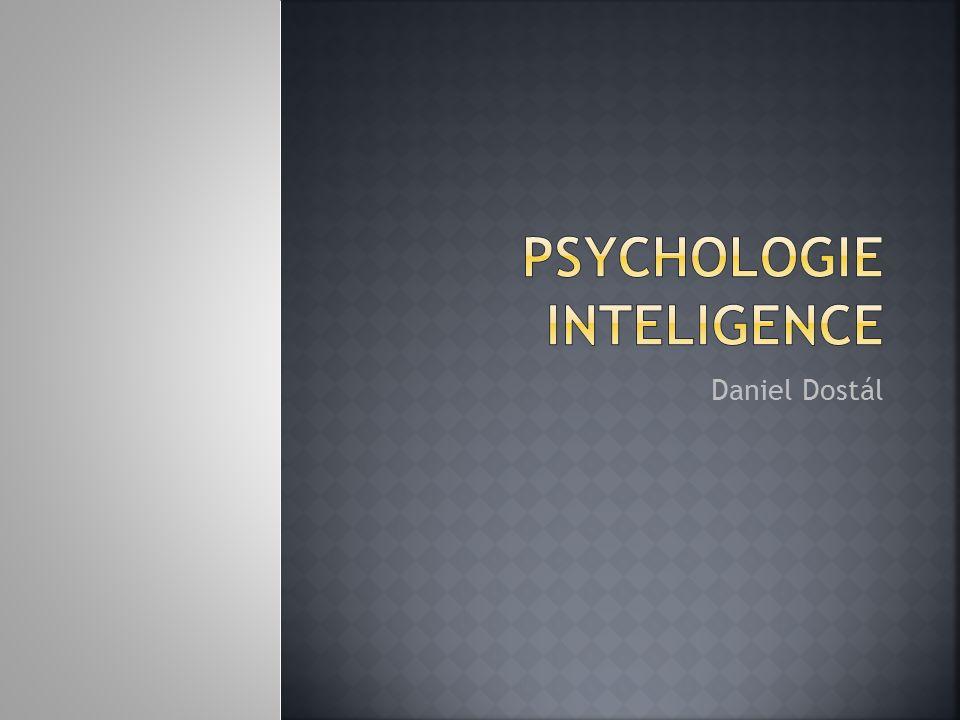  dědičnost nevysvětluje 100% IQ – zbývající rozptyl pokrývá vliv prostředí  jaké faktory vstupují do hry.