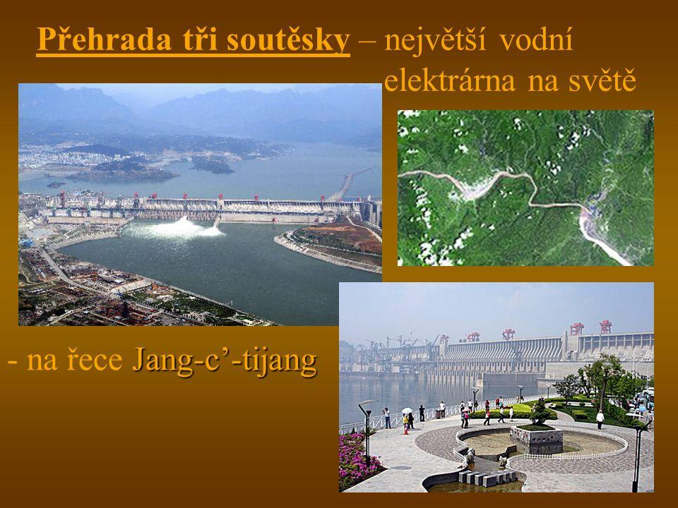 Přehrada tři soutěsky – největší vodní elektrárna na světě Jang-c'-tijang - na řece Jang-c'-tijang