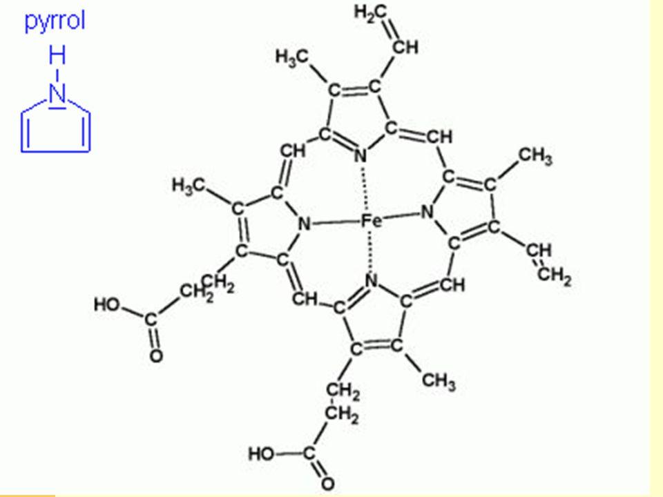 Karotenová barviva  vysoce nenasycené izoprenoidní sloučeniny červené - karoten,lykopen žluté - xanthofyly, kyslíkaté deriváty karotenu tetraterpeny, obsahují 40 atomů uhlíku - 8 izoprenových jednotek výhradně rostlinného původu význam jako rostlinná barviva, která se uplatňují při fotosyntéze za podmínek, kdy chlorofyl není schopen absorbovat sluneční záření především karoten ß má význam jako provitamín A