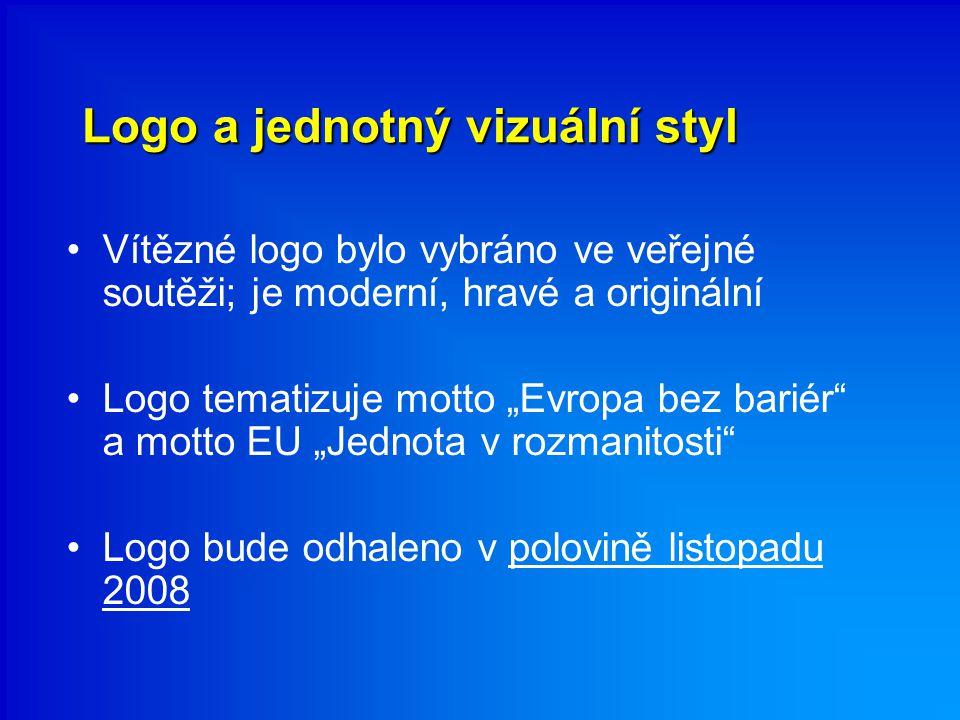 """Logo a jednotný vizuální styl Vítězné logo bylo vybráno ve veřejné soutěži; je moderní, hravé a originální Logo tematizuje motto """"Evropa bez bariér"""" a"""