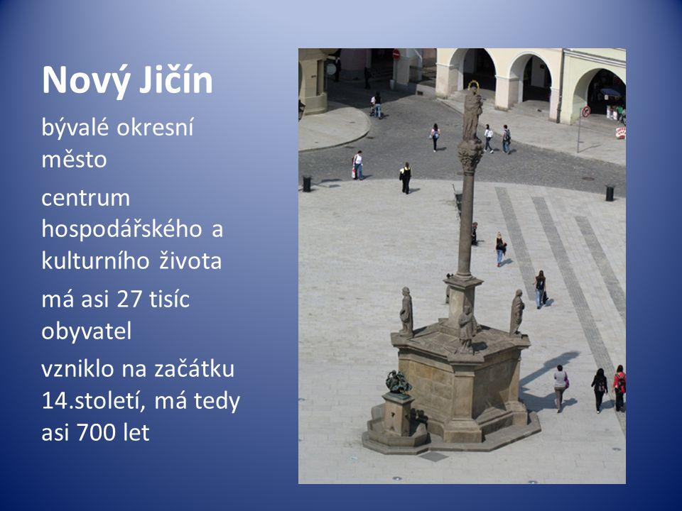 bývalé okresní město centrum hospodářského a kulturního života má asi 27 tisíc obyvatel vzniklo na začátku 14.století, má tedy asi 700 let