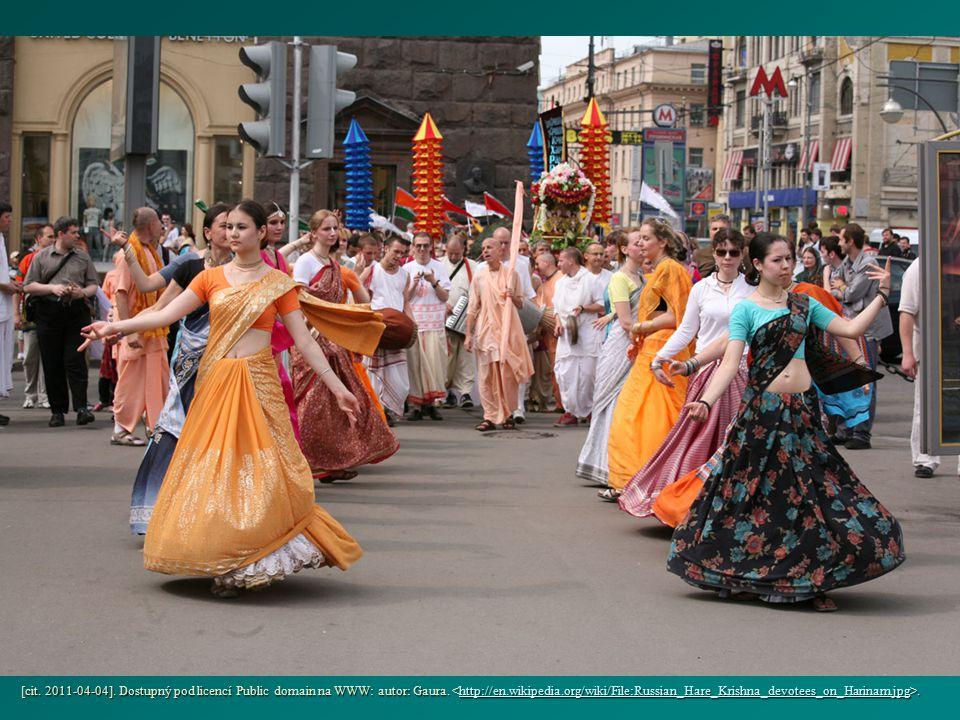 [cit. 2011-04-04]. Dostupný pod licencí Public domain na WWW: autor: Gaura.. http://en.wikipedia.org/wiki/File:Russian_Hare_Krishna_devotees_on_Harina