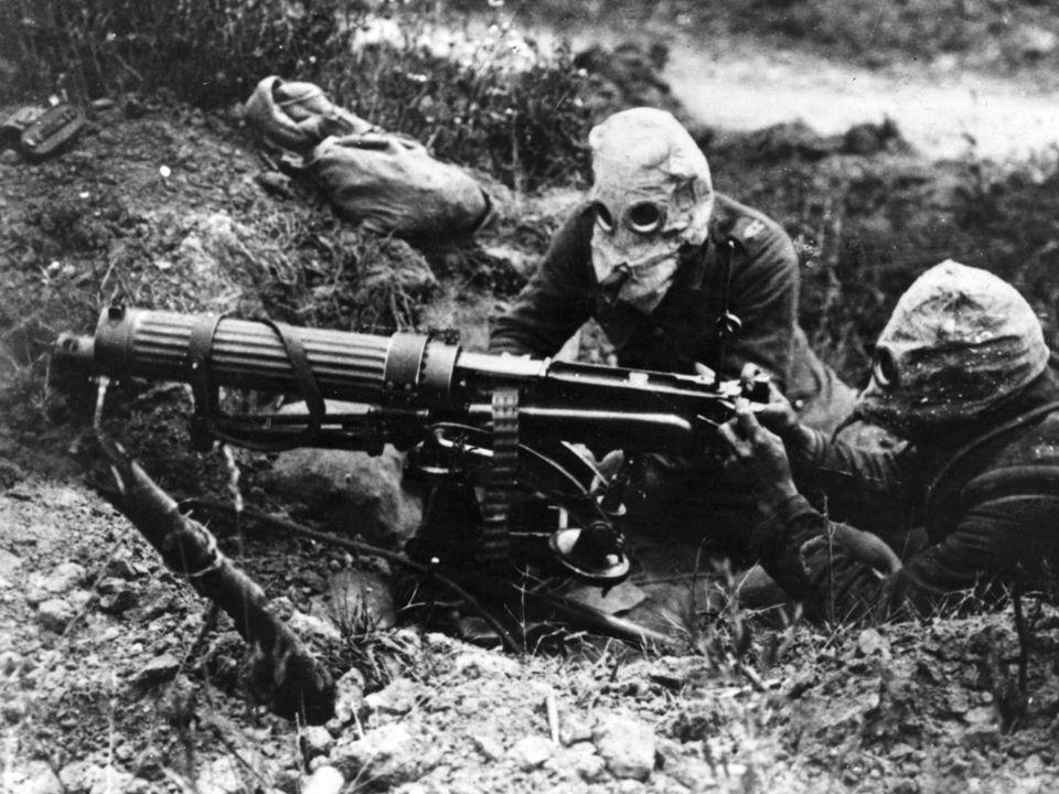 První světová válka Nové prostředky: ostnatý drát: poprvé použit v DeKalb, Illinois / 1874 / farmář Joseph Glidden bojové plyny: chlór / použit Němci