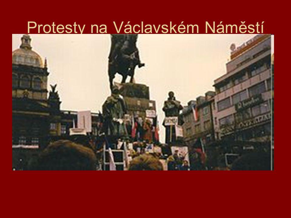 Protesty na Václavském Náměstí