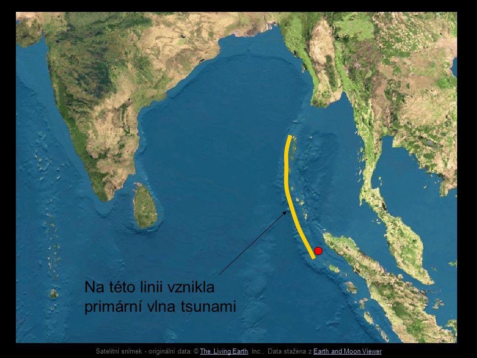 Satelitní snímek - originální data: © The Living Earth, Inc., Data stažena z Earth and Moon ViewerThe Living EarthEarth and Moon Viewer Na této linii vznikla primární vlna tsunami