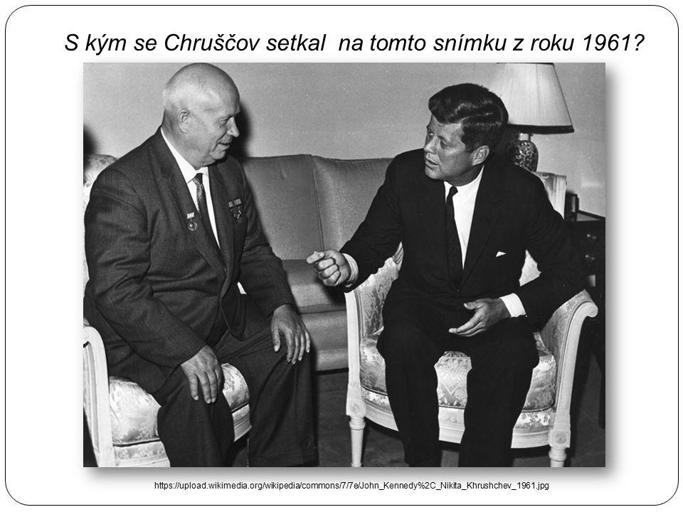 """KGB – obdoba FBI, sovětská tajná služba """" Výbor státní bezpečnosti, byl název hlavní sovětské tajné služby, která současně plnila úkoly špionáže, kont"""