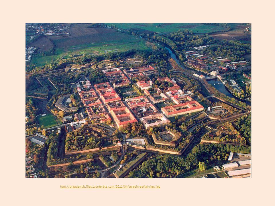 Původně vojenská pevnost, která vznikal v letech 1780 – 1790 za Josefa II.