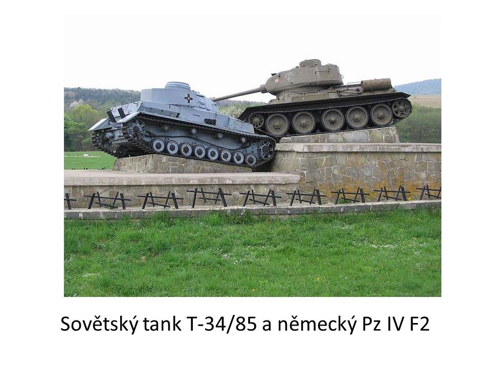 První nápory německé armády na sebe nenechaly dlouho čekat, německé tanky se začaly probíjet do města.