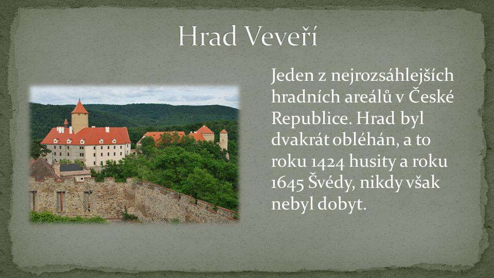 Jeden z nejrozsáhlejších hradních areálů v České Republice.
