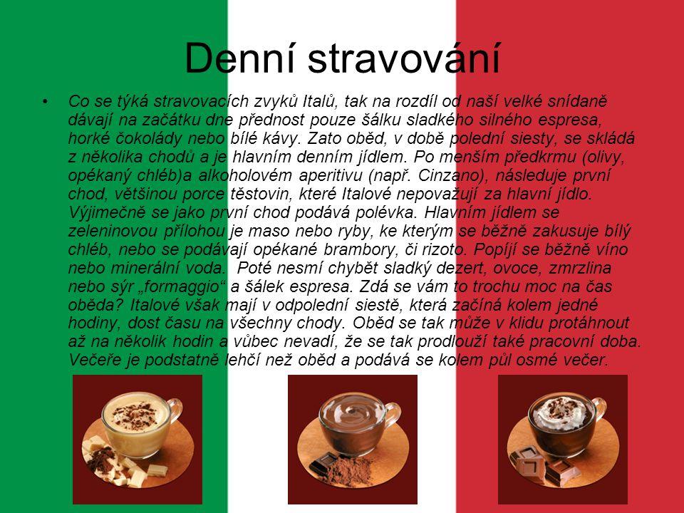 Kromě klasických špaget tu ochutnáte i jiné druhy těstovin různých tvarů, kterých je na italském trhu k mání až na 400 druhů, a jsou běžným denním jídlem na jihu země.