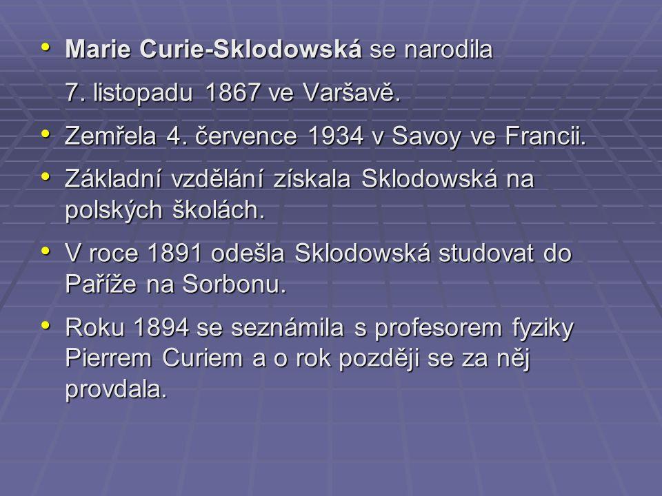 V roce 1906 byla jmenována první profesorkou všeobecné fyziky na pařížské Sorbonně po svém tragicky zemřelém manželovi.