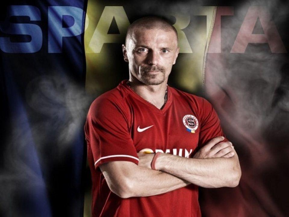 Tomáš Řepka (* 2. ledna 1974, Brumov-Bylnice [1] ) je bývalý český fotbalový obránce.