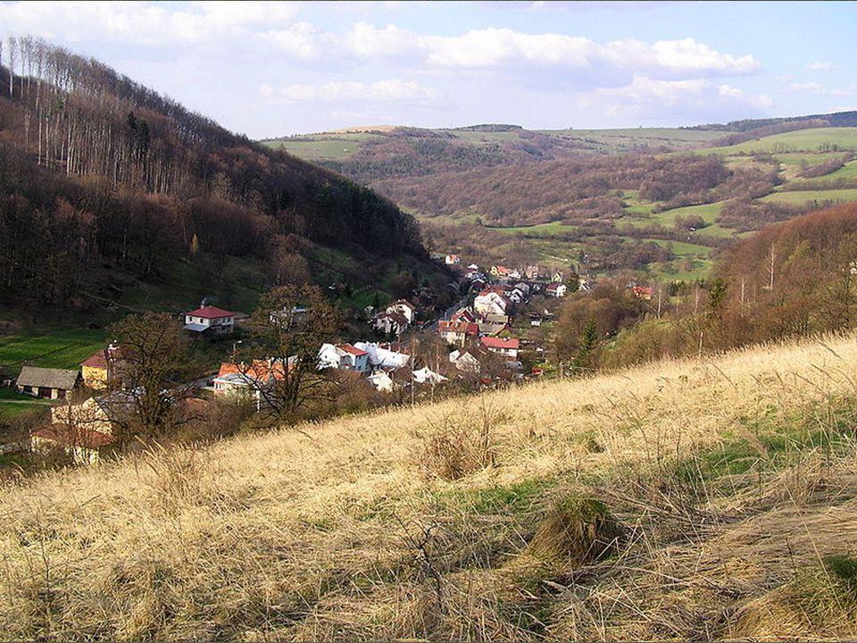 Osada Svatý Štěpán byla založena v roce 1815 kolem místní sklárny.