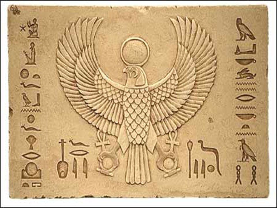 Hor  Jeden z nejdůležitějších a nejstarších bohů Egypta  Bůh slunce, nebe, světla, božský vládce Egypta (ochrana faraona, převtělení), bůh válečník