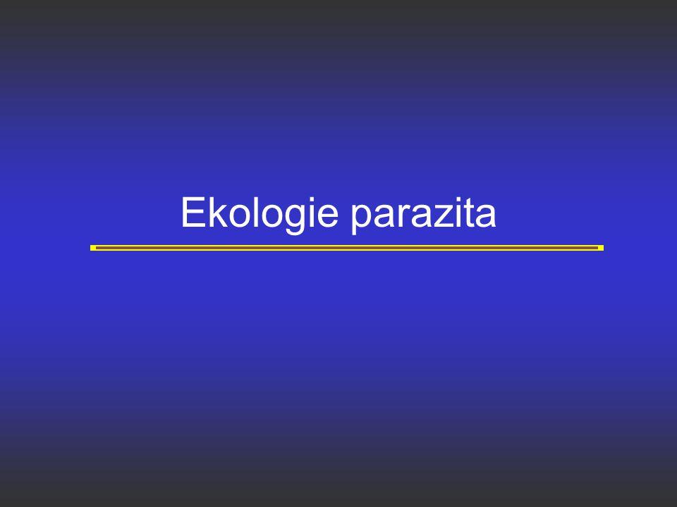 Technické dopady agregovanosti parazitů Pro porovnání velikosti populací parazitů je třeba používat geometrického, nikoli aritmetického průměru (odstraňuje závislost variance na průměru), raději používat prevalenci než incidenci Pro porovnání velikosti populací parazitů je třeba použít neparametrické testy (Man- Whitey U test, či Kruskal Wallis test) nikoli t- test či ANOVA.