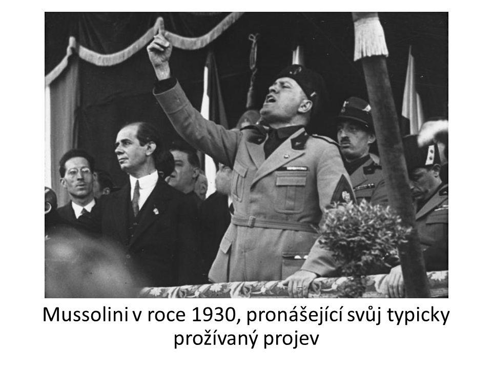 Tento znak úředníků římského impéria si italští fašisté přivlastnili jako symbol svého hnutí.