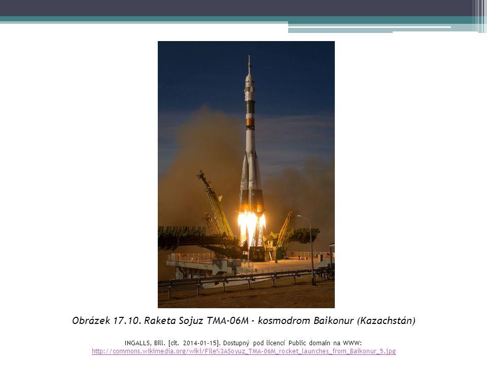 Obrázek 17.10. Raketa Sojuz TMA-06M - kosmodrom Baikonur (Kazachstán) INGALLS, Bill.  cit. 2014-01-15 . Dostupný pod licencí Public domain na WWW: h