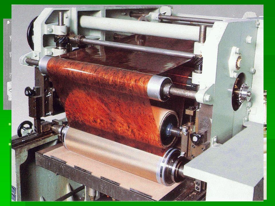 Válcování plastů   Válcování je technologický způsob, který se používá hlavně k přípravě fólií a podlahovin, koženek, k nanášení polymerů, k míchání