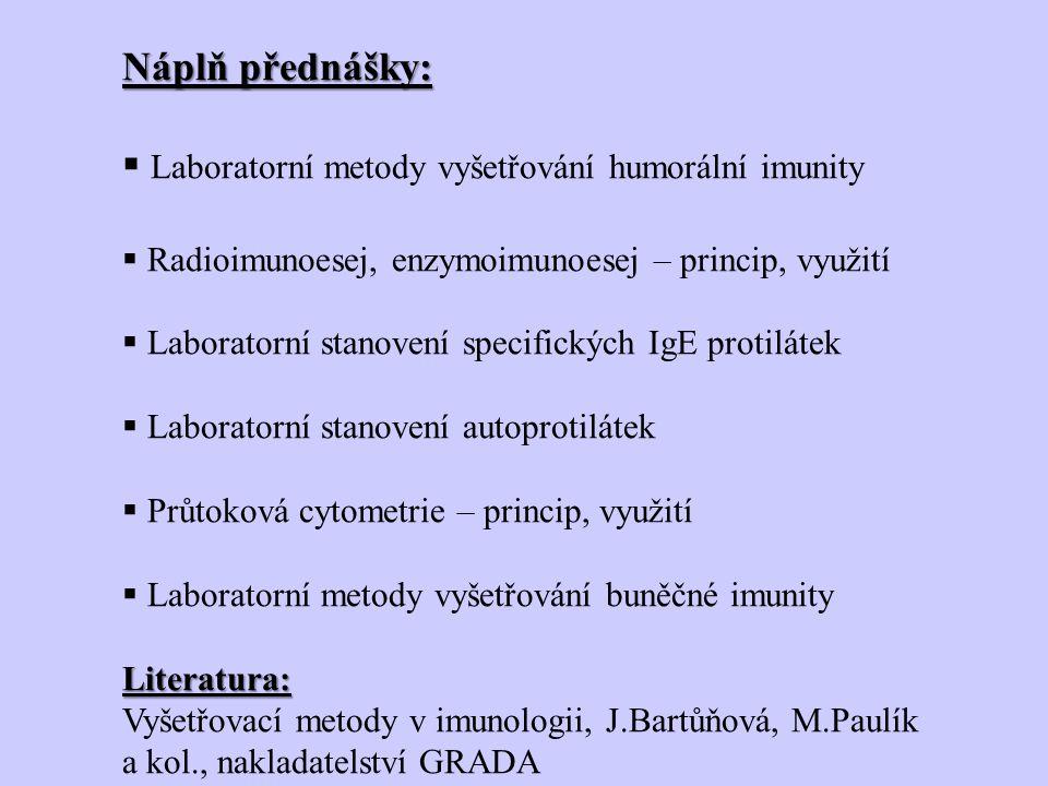 Průtoková cytometrie Suspenze takto značených buněk se vloží do průtokového cytometru, kde je stříkána skrz malý otvor (trysku) vytvoří se proud buněk, který protíná laserový paprsek, od každé buňky v suspenzi se světlo odrazí (granularita) a rozptýlí (velikost) a dojde k uvolnění fluorescenčního záření.