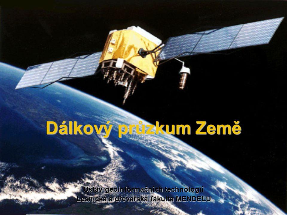 Snímek družice IKONOS True color RR GG BB RNIR GR BG False color pásmo barevný filtr