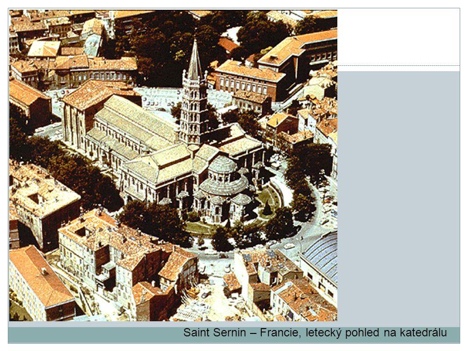 Saint Sernin – Francie, letecký pohled na katedrálu