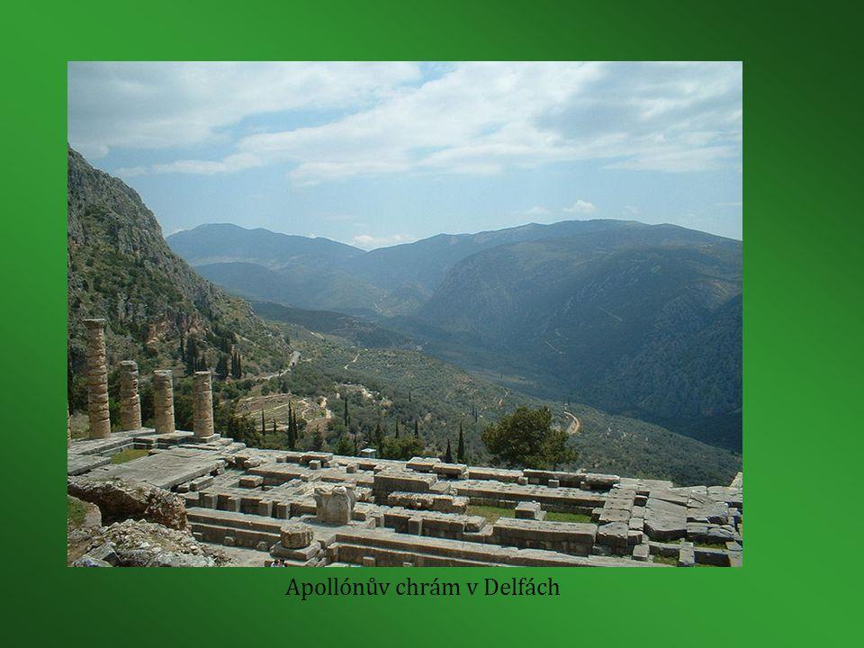 Apollónův chrám v Delfách