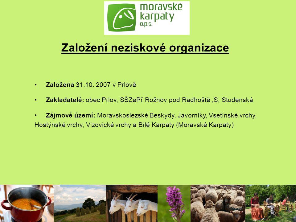 Cíle činnosti Zlepšení postavení zemědělců hospodařících na malých a středně velkých farmách, šetrně hospodařících v regionu Moravských Karpat - poradenství při získávání dotací z PRV, exkurze Podpora odbytu regionálních produktů z chovu hospodářských zvířat spolupráce s regionálními známkami, zpracovatelské kurzy, zprostředkování kontaktů na hotely a restaurace, podpora zájmu laické veřejnosti o produkty z chovu ovcí, koz a hovězího dobytka Spolupráce mezi zemědělci, zástupci orgánů státní správy a mezi zástupci místních samospráv Zachování tradic a starých řemesel - propagace výrobků řemeslné výroby a podporou zájmu obyvatel regionu o tradiční řemesla