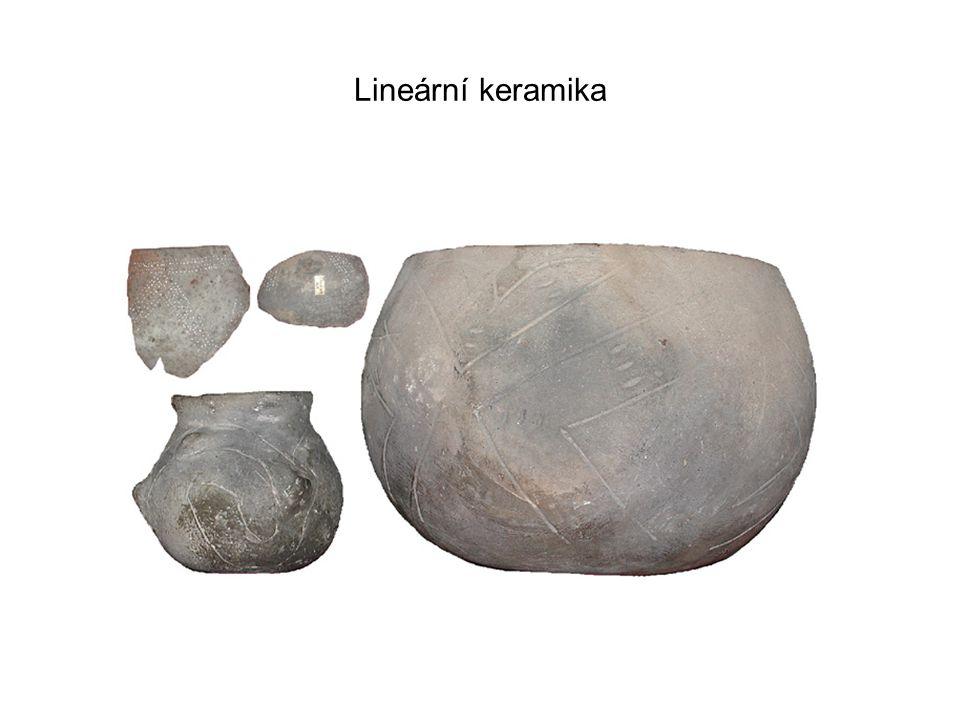 Kultura s moravskou malovanou keramikou. Místo nálezu Znojmo – Novosady.