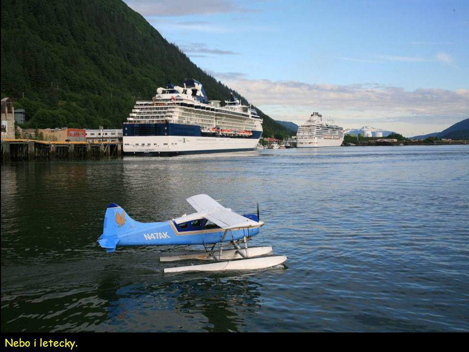 Juneau JV Alaska. Přesun je většinou jen po vodě mezi Juneau a Ketchikan.