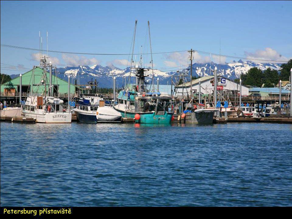 Folklor norské rybářské komunity v Petersburgu