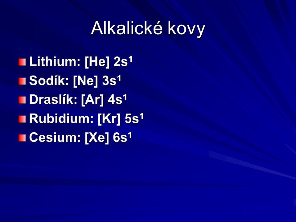 Sloučeniny alkalických kovů Sírany Na 2 SO 4 bezvodý vzniká reakcí: 2 NaCl + H 2 SO 4 → 2 HCl + Na 2 SO 4 Na 2 SO 4 · 10H 2 O se nazývá Glauberova sůl