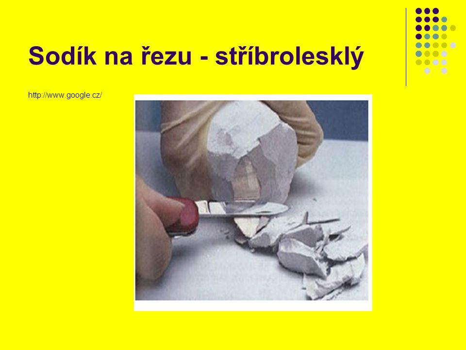 Sodík na řezu - stříbrolesklý http://www.google.cz/