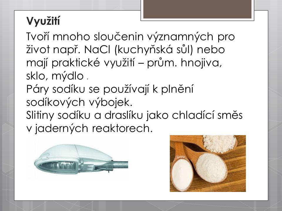 Tvoří mnoho sloučenin významných pro život např. NaCl (kuchyňská sůl) nebo mají praktické využití – prům. hnojiva, sklo, mýdlo. Páry sodíku se používa