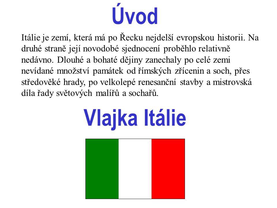 Itálie Italská republika - stát v jižní Evropě Rozloha: 301 309 km² Počet obyvatel: 57 milionů Hustota zalidnění: 189 obyvatel/km² Hlavní město: Řím Měnová jednotka: 1 italská lira (ITL) Úřední jazyk: italština (též němčina a francouzština - ve dvou krajích) Administrativní členění: 20 krajů; z toho 5 se zvláštním statutem Obyvatelstvo - Italové 97%, menšiny Rakušanů, Francouzů, Slovinců a Latinů Náboženství - římskokatolické 83%.