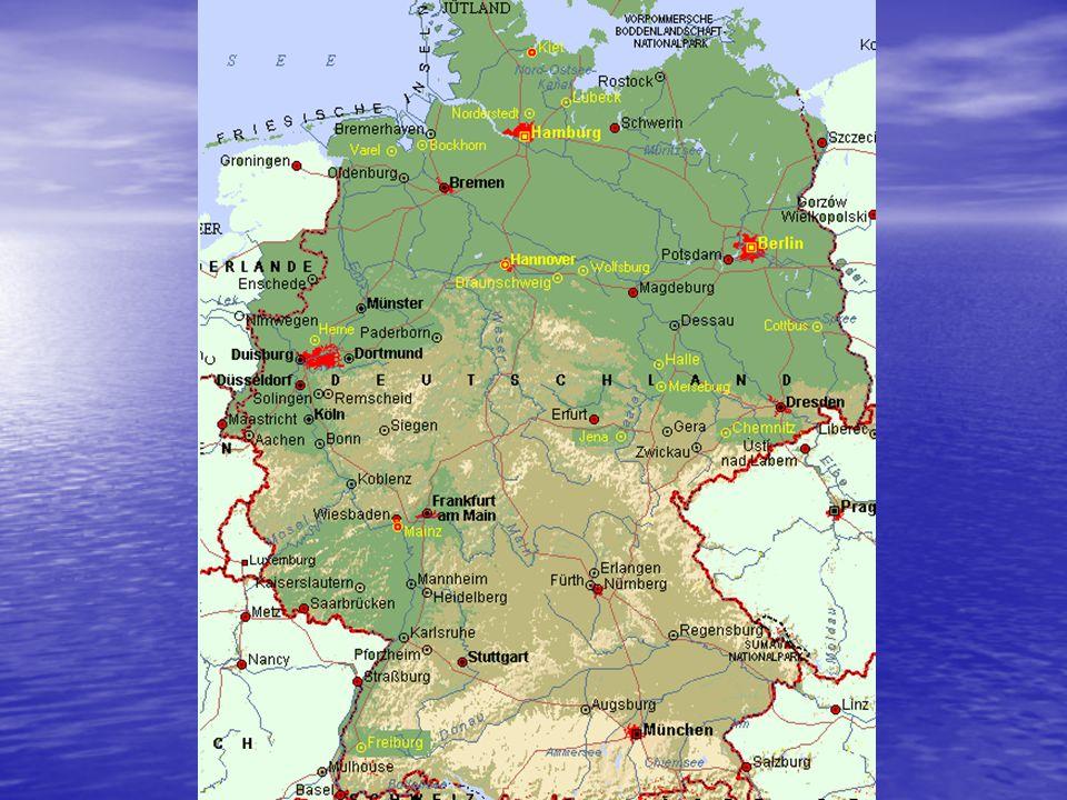 Přírodní podmínky Poloha Poloha pevninská část, ostrovy v Severním moři (Fríské), ostrovy v Baltském moři (Rujana) pevninská část, ostrovy v Severním moři (Fríské), ostrovy v Baltském moři (Rujana) Spojení moří – Kielský průplav (Severomořsko-Baltský) Spojení moří – Kielský průplav (Severomořsko-Baltský) Podnebí Podnebí Většinou mírné Většinou mírné Sever oceánské klima, k jihu kontinentální Sever oceánské klima, k jihu kontinentální V Alpách lokální větry - fény V Alpách lokální větry - fény