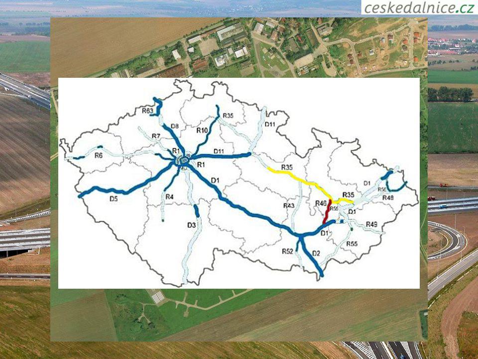 Doprava Hlavní železniční tah (Praha - Ostravsko, Slovensko či Polsko, Praha - Brno - Vídeň) Dálniční tah: Olomouc - Brno - Ostrava Olomouc - Přerov -