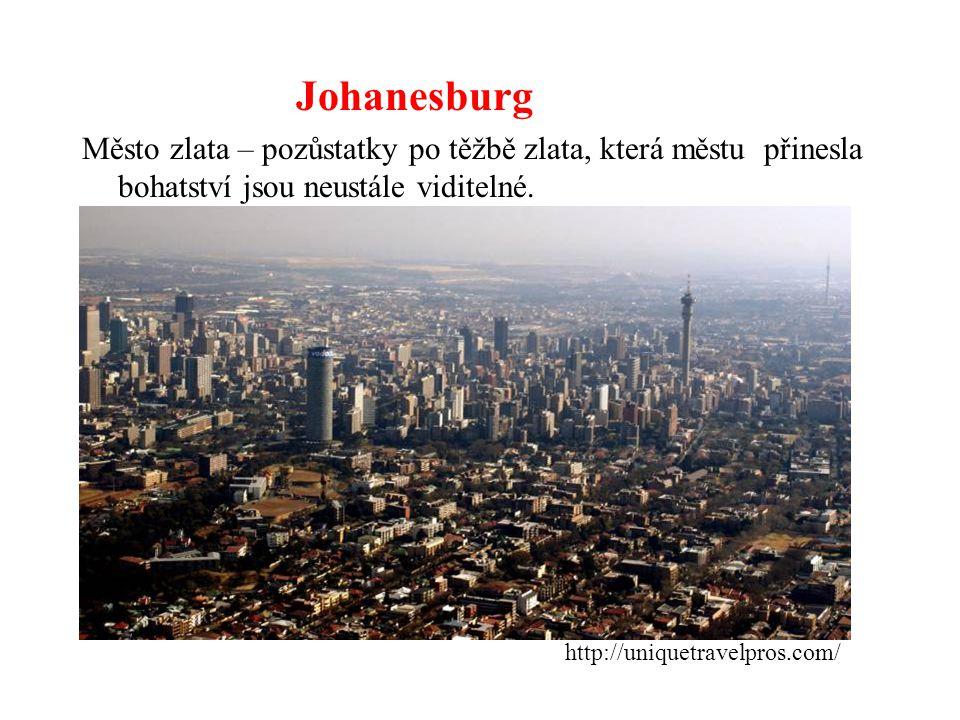 Johanesburg Město zlata – pozůstatky po těžbě zlata, která městu přinesla bohatství jsou neustále viditelné. http://uniquetravelpros.com/