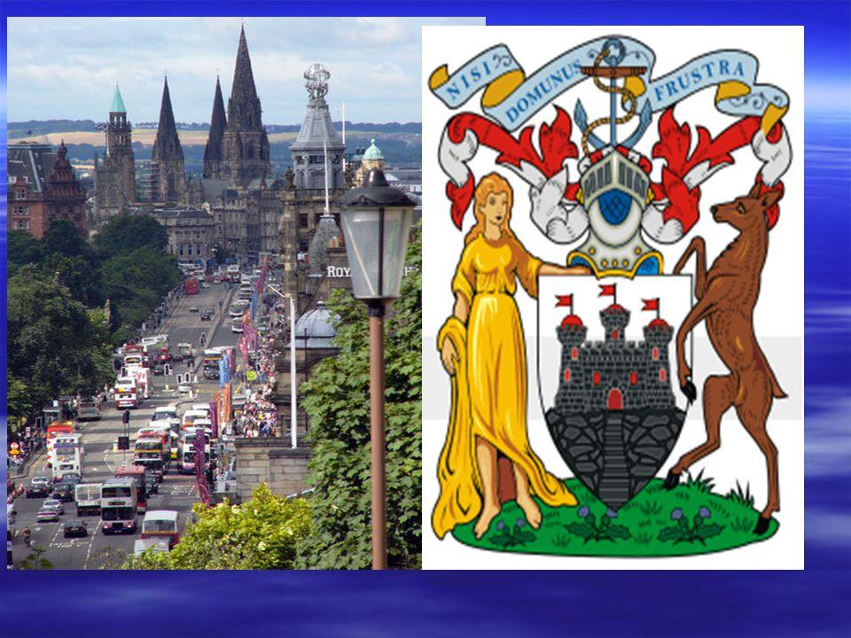 EDINBURGH Edinburgh je univerzitní město ve Velké Británii. Nachází se ve Skotsku, jehož je také hlavním městem. Leží na východě země, na pobřeží Seve
