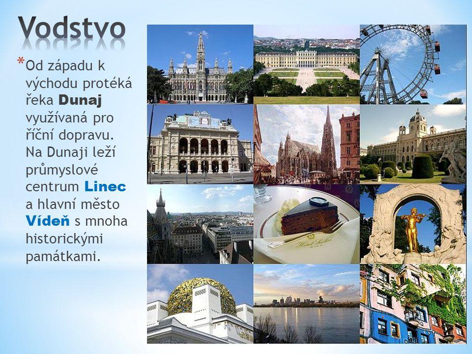 * Od západu k východu protéká řeka Dunaj využívaná pro říční dopravu. Na Dunaji leží průmyslové centrum Linec a hlavní město Vídeň s mnoha historickým