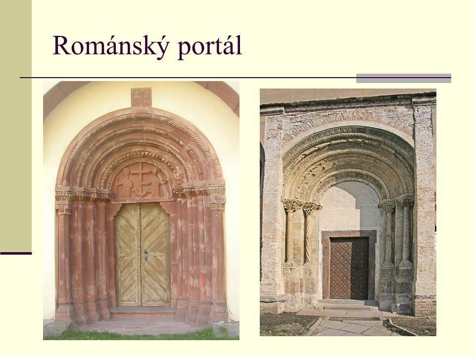 Románský portál