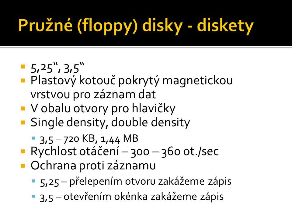 """ 5,25"""", 3,5""""  Plastový kotouč pokrytý magnetickou vrstvou pro záznam dat  V obalu otvory pro hlavičky  Single density, double density  3,5 – 720"""