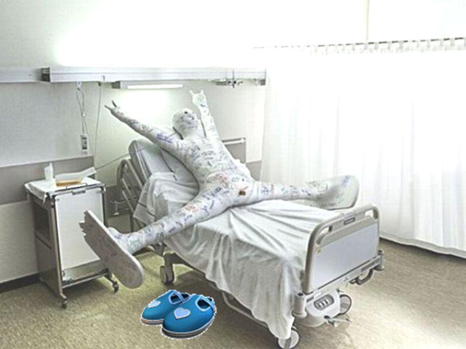 """výrok pacienta: """"V nemocnici se zavřou všechny dveře do pokojů, abyste zemřelého neviděli."""